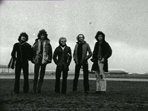 1971-04-01 POP SHOP